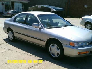 1996 Honda Accord photo