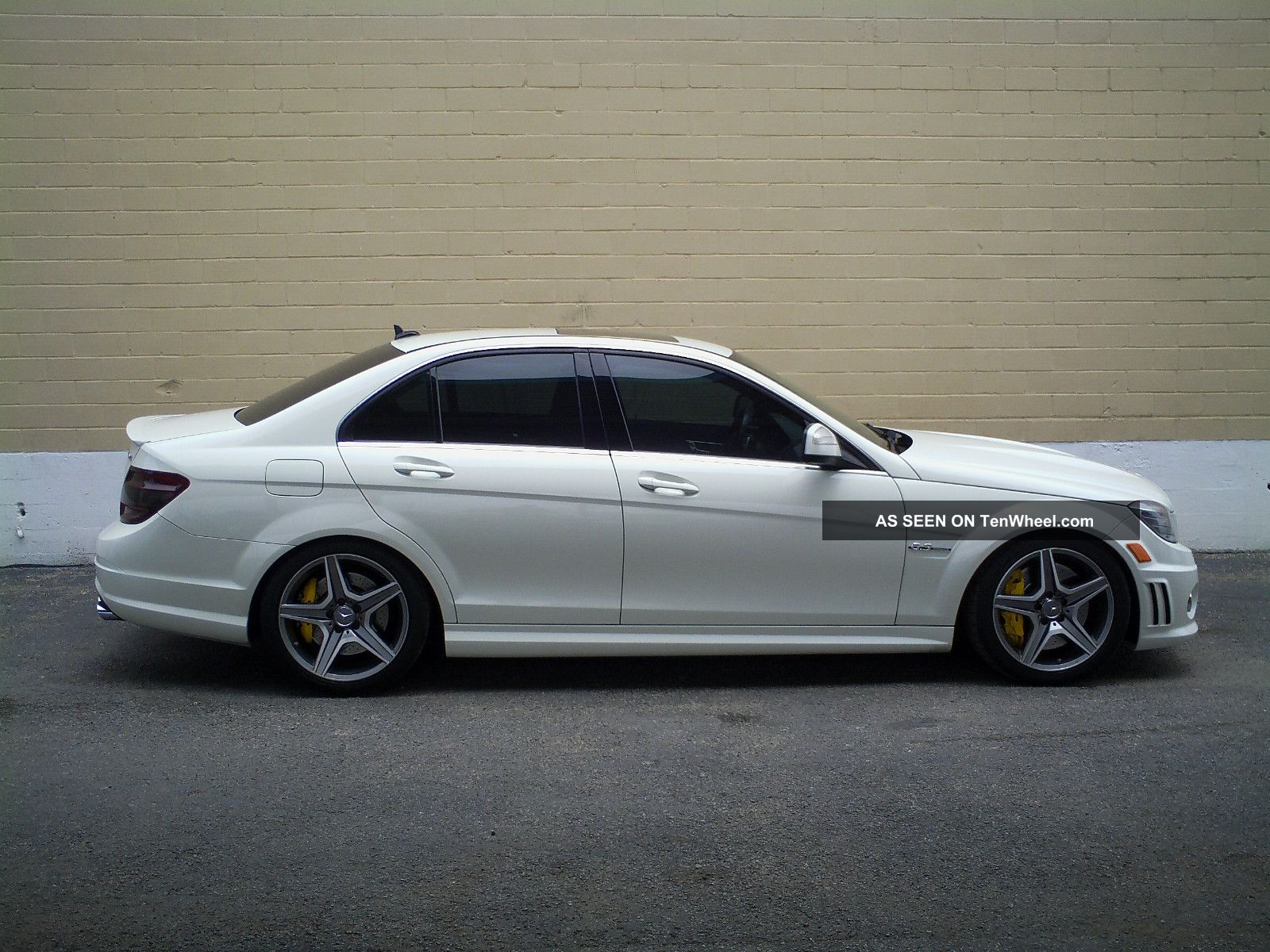 2009 mercedes benz c63 amg base sedan 4 door 6 3l for How long does it take to build a mercedes benz