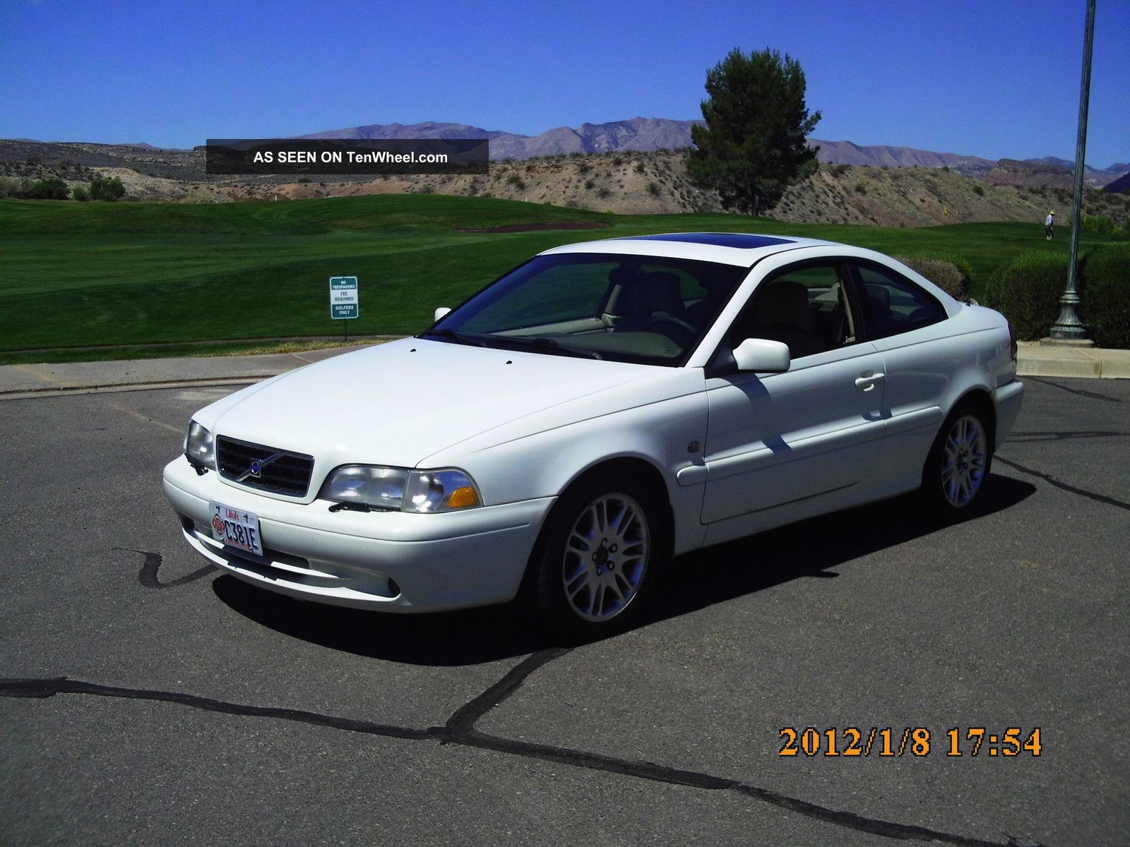 2002 Volvo C70 Base Coupe 2