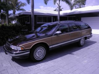 1996 Buick Roadmaster Estate Wagon photo
