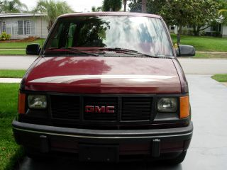 1994 Gmc Safari Extended Version Conversion Van photo