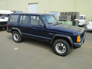 1996 Jeep Cherokee Se 4 - Door 4wd photo