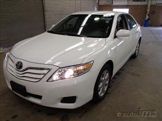 Toyota Camry 2011 - 4 - Door - 4x2 - 4 Cylinder Gas - Cloth Interior - 67k Mile photo