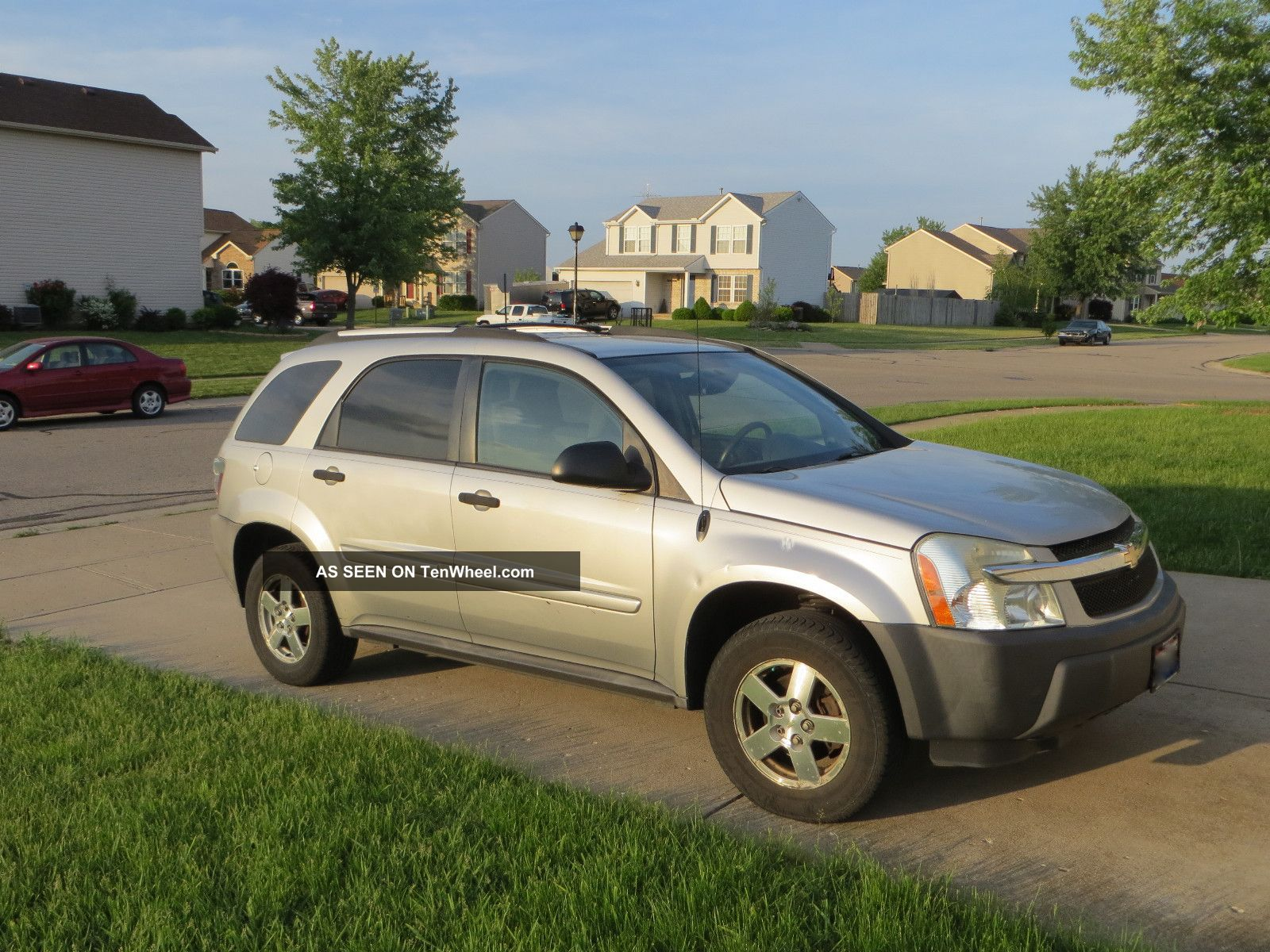 2005 Chevrolet Equinox Ls Sport Utility 4 - Door 3.  4l Equinox photo