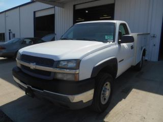 Chevrolet Silverado 2500 Hd 2003 photo