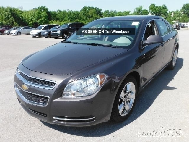 2010 Chevrolet Malibu - Sedan 4 - Door - Ecotec 2.  4l Dohc 4 - Cylinder Sfi - 4 Cylind Gas Malibu photo