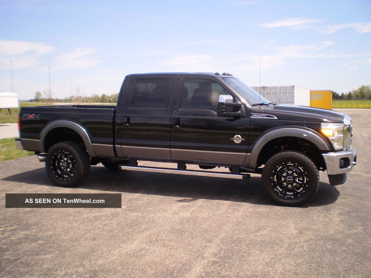 2011 ford f250 lariat 4x4 crew cab 6 7 power stroke diesel many extras look. Black Bedroom Furniture Sets. Home Design Ideas