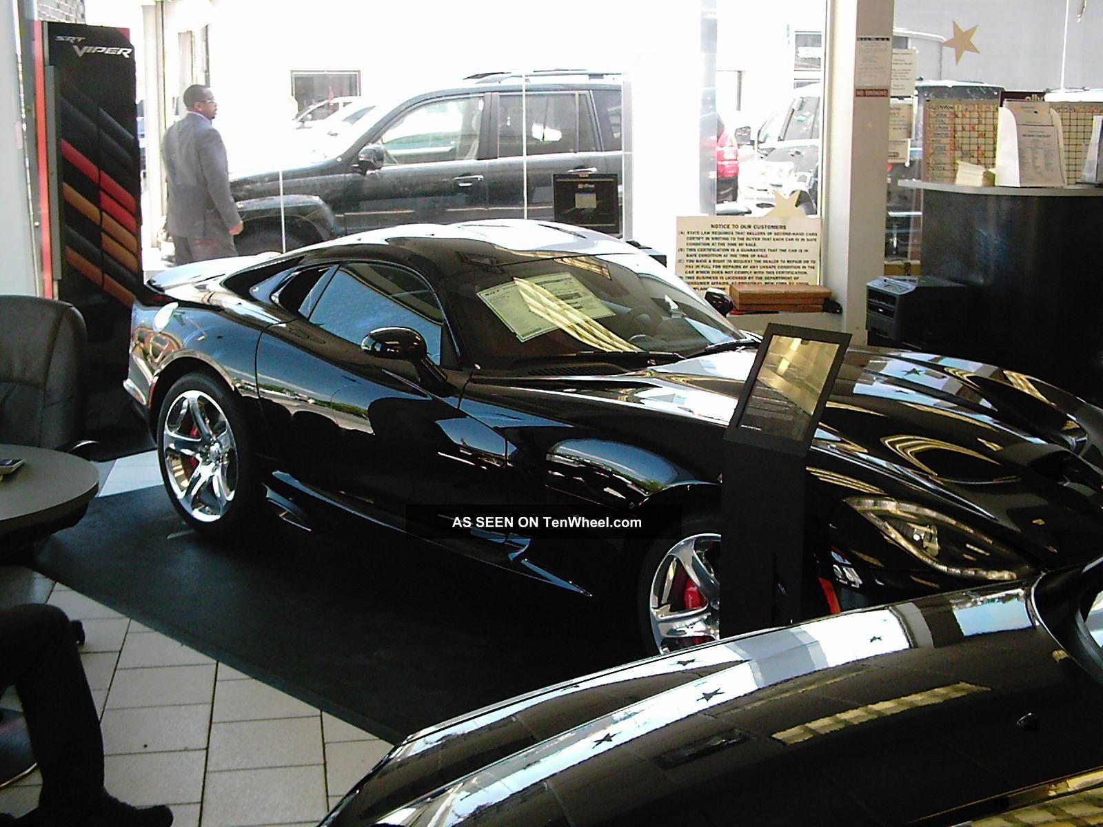 Vernom Black 2013 Dodge Viper Srt Gts Coupe Viper photo