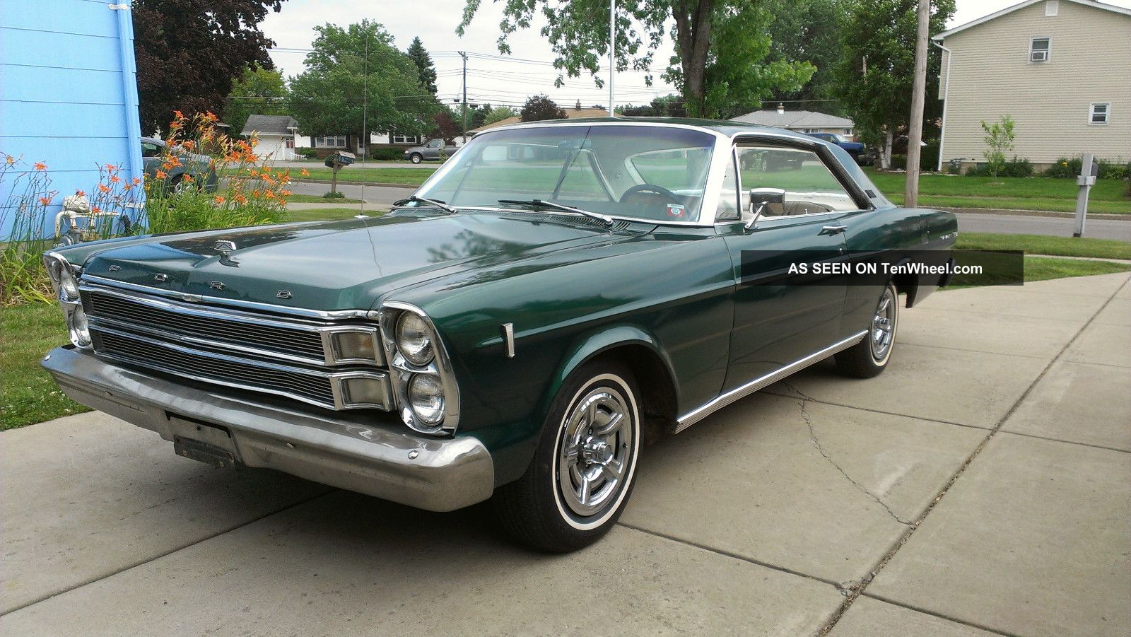 1966 Ford Galaxie 500 Xl Fastback Green W White