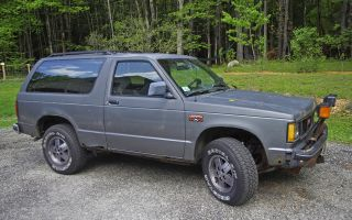 1988 Gmc S15 Jimmy Gypsy Sport Utility 2 - Door 2.  8l photo