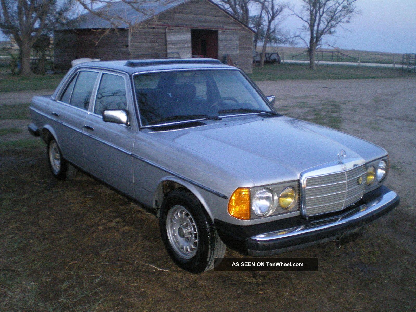 1982 mercedes turbo diesel 300d luxury car for Mercedes benz turbo diesel