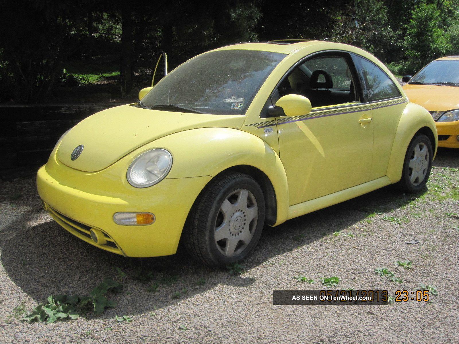 2001 volkswagen beetle gls hatchback 2 door 2 0l. Black Bedroom Furniture Sets. Home Design Ideas