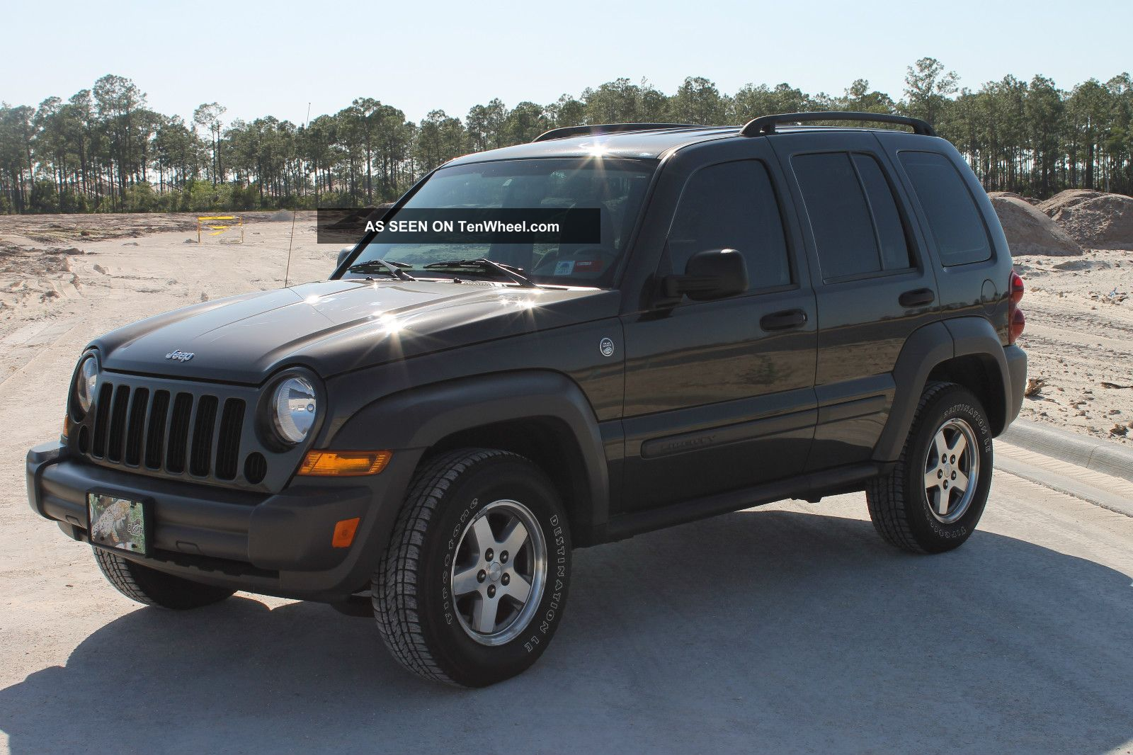 immaculate 4wd 2006 jeep liberty. Black Bedroom Furniture Sets. Home Design Ideas