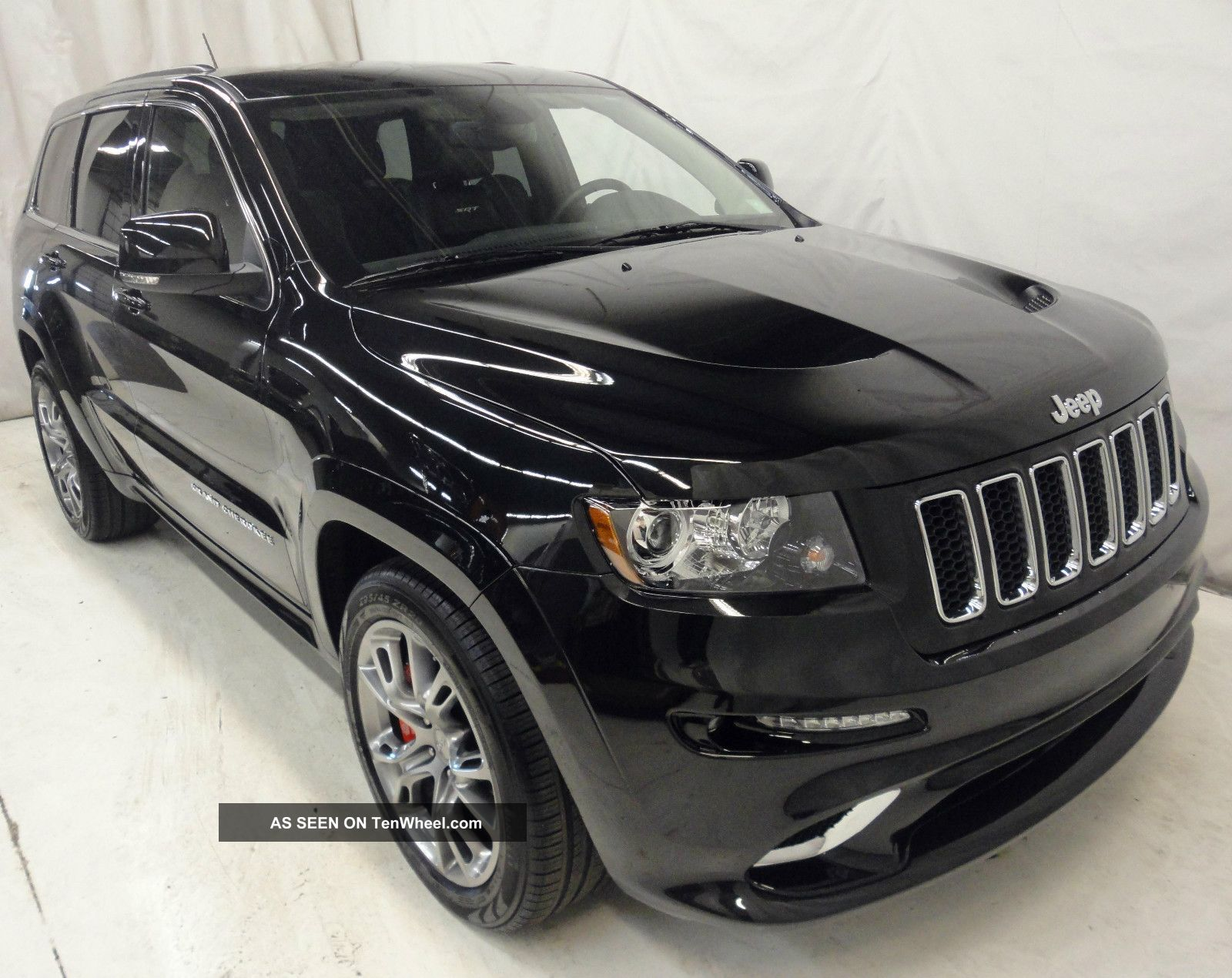 2012 Jeep Grand Cherokee Srt8 4x4 Cherokee photo