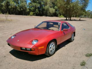 1980 Porsche 928 Base Coupe 2 - Door 4.  5l photo