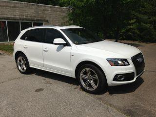 2010 Audi Q5 3.  2 Premium Plus I S Performance Line I Pearl White / Brown photo