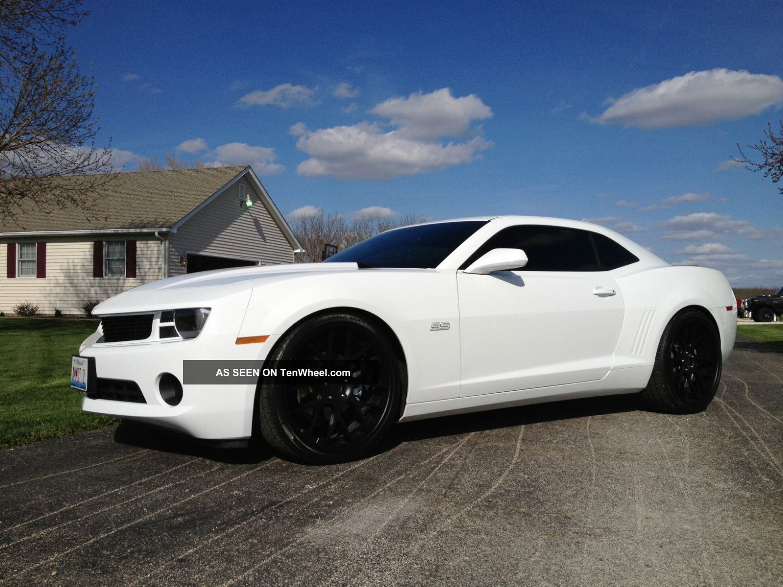 2013 White Camaro V6 Lowered Custom 3 Piece Wheels Custom Car Camaro photo