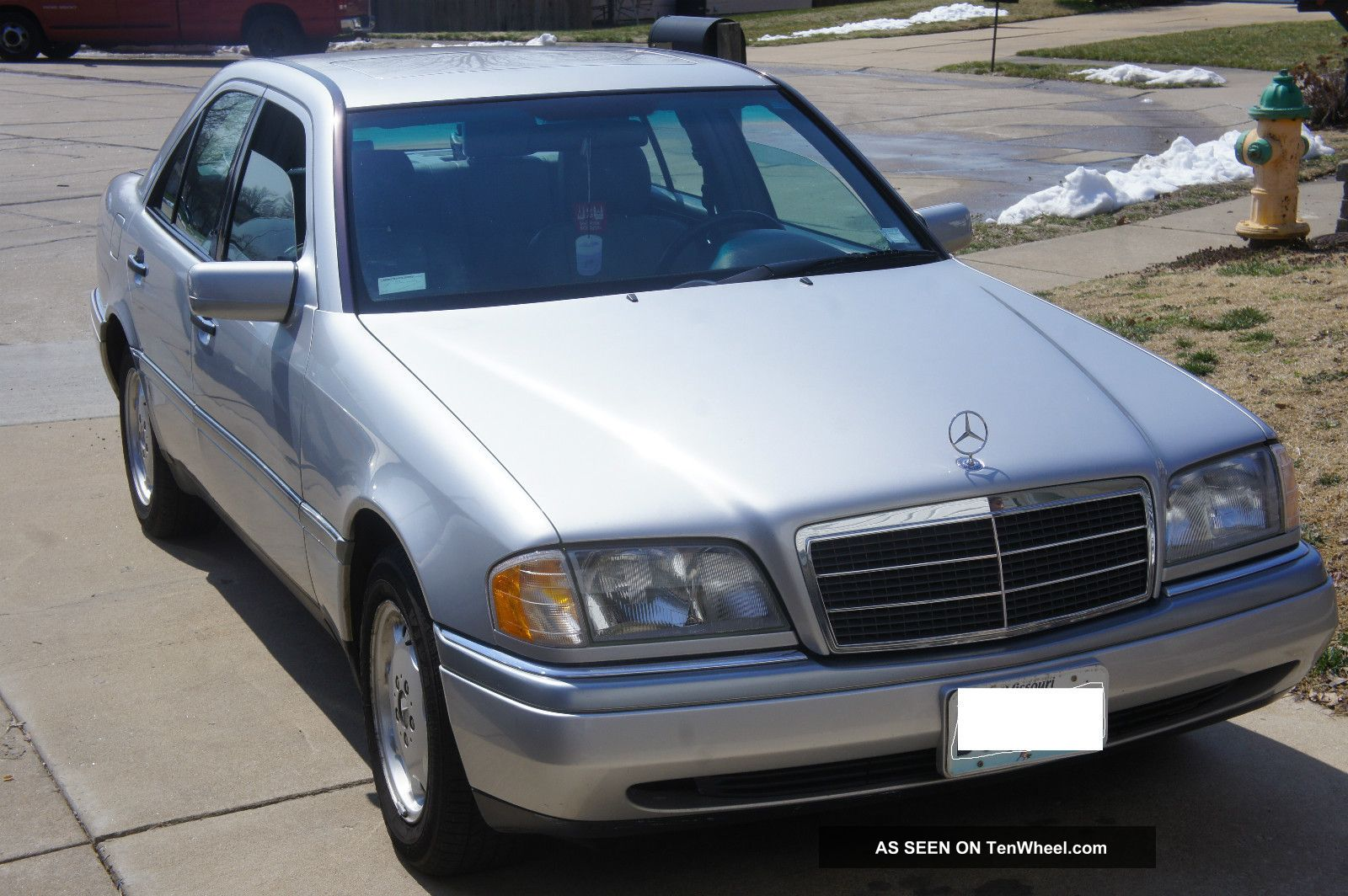 1995 mercedes benz c280 base sedan 4 door 2 8l