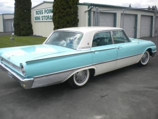 1961 Ford Galaxie Town Sedan photo