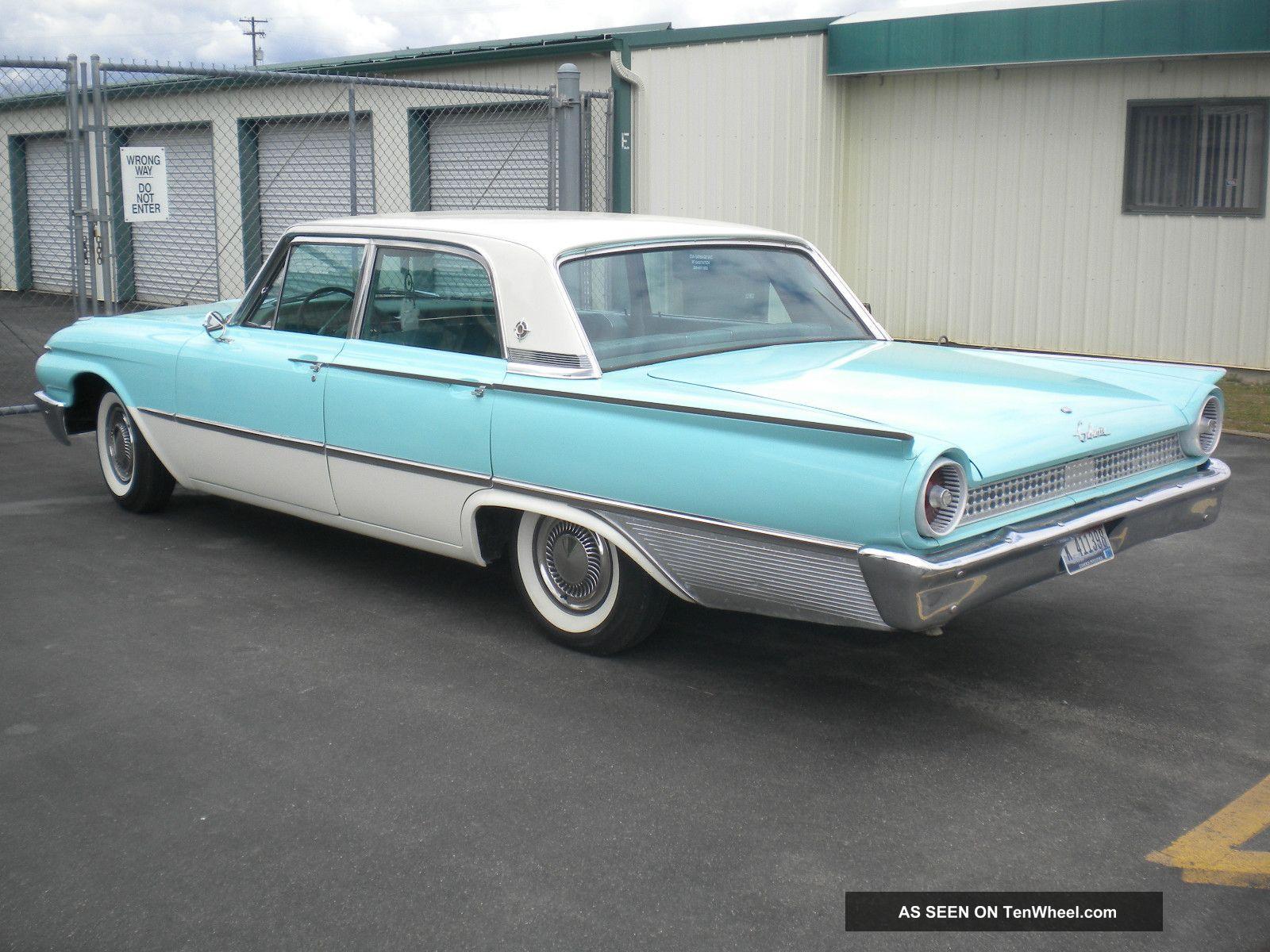 1961 Ford Galaxie Town Sedan