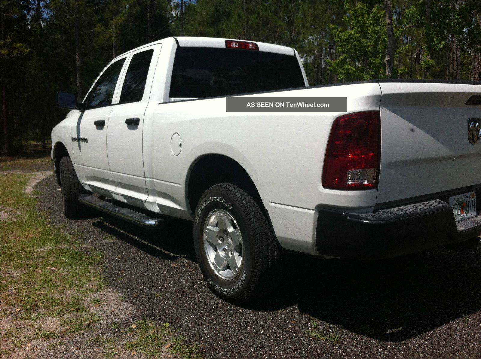 2012 Dodge Ram 1500 4x4 Crew Cab V8 Ram 1500 photo