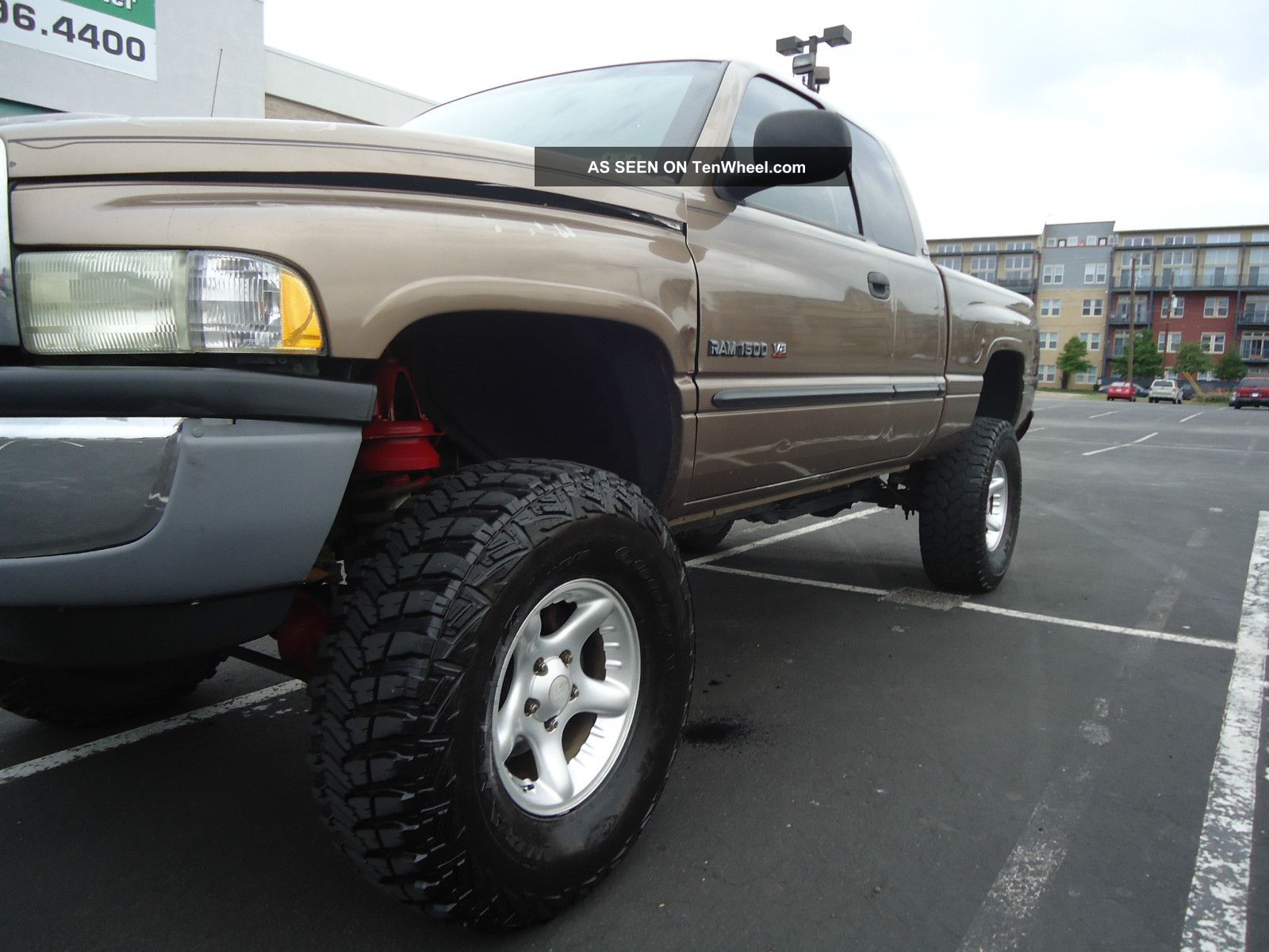 Dodge Ram Lifted X Off Road Look Lgw on 2000 Dodge Dakota Options