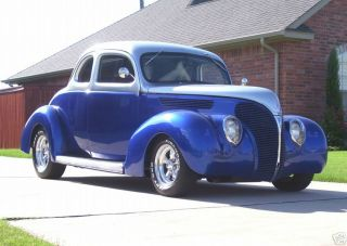 Ford Deluxe Coupe 1938 photo