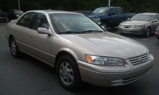 1999 Toyota Camry Le 6 Cyl.  3.  0l Just Detailed,  Good To Go Runs Strong Good Deal photo