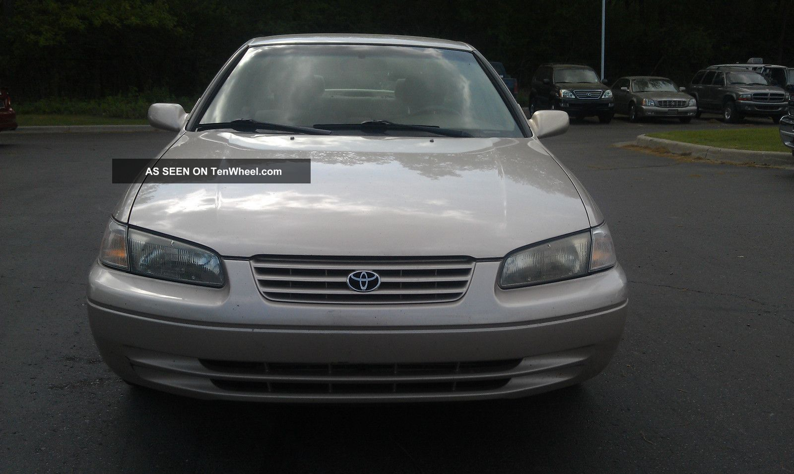1999 toyota camry le 6 cyl 3 0l just detailed good to go runs strong good. Black Bedroom Furniture Sets. Home Design Ideas