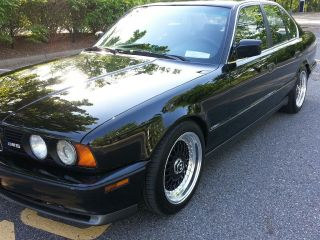 1991 Bmw M5 Base Sedan 4 - Door 3.  6l photo
