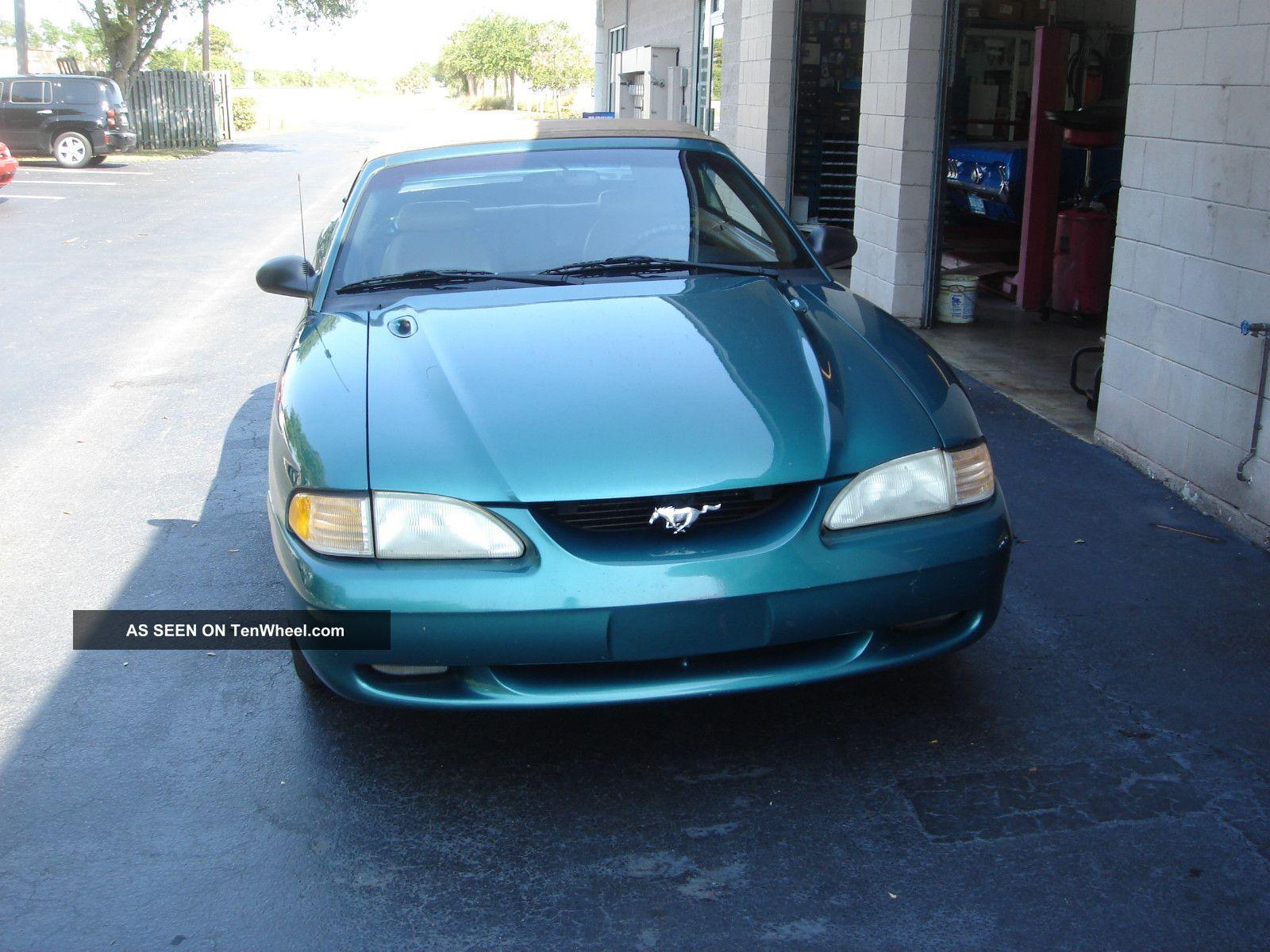 1998 Ford Mustang Gt Convertible 2 - Door 4.  6l Mustang photo