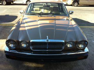 1983 Jaguar Vanden Plas Base Sedan 4 - Door 4.  2l photo