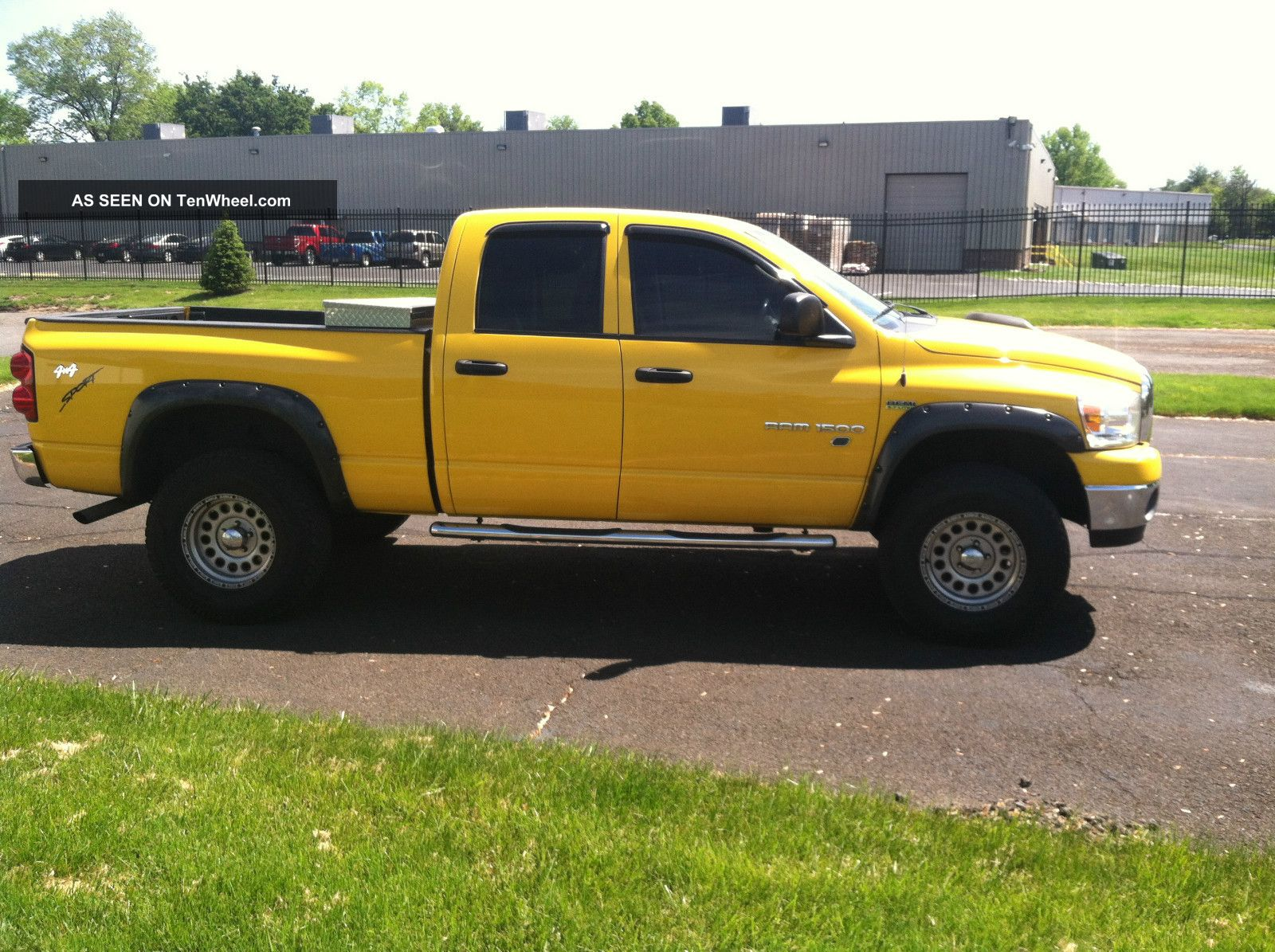 Lifted 2007 Dodge Ram 1500 Slt 5.  7 Hemi Ram 1500 photo