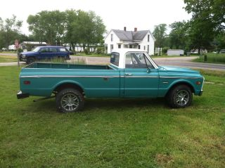 1972 Gmc / Chevy 1 / 2 Ton Pickup Truck photo