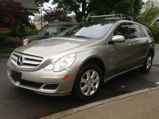 2007 Mercedes - Benz R350 4matic 3.  5l 3rd Row,  Navi,  Panorama,  Back Up Camera photo