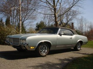 1971 Oldsmobile Cutlass Supreme Convertible photo