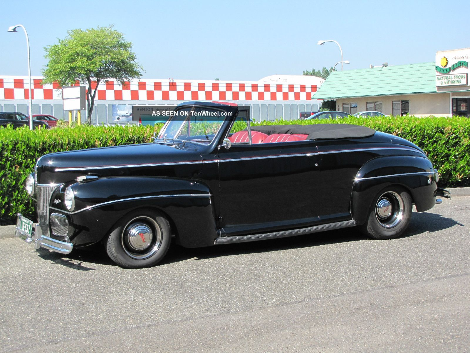 1941 Ford Deluxe Convertible Other photo