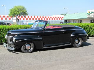 1941 Ford Deluxe Convertible photo
