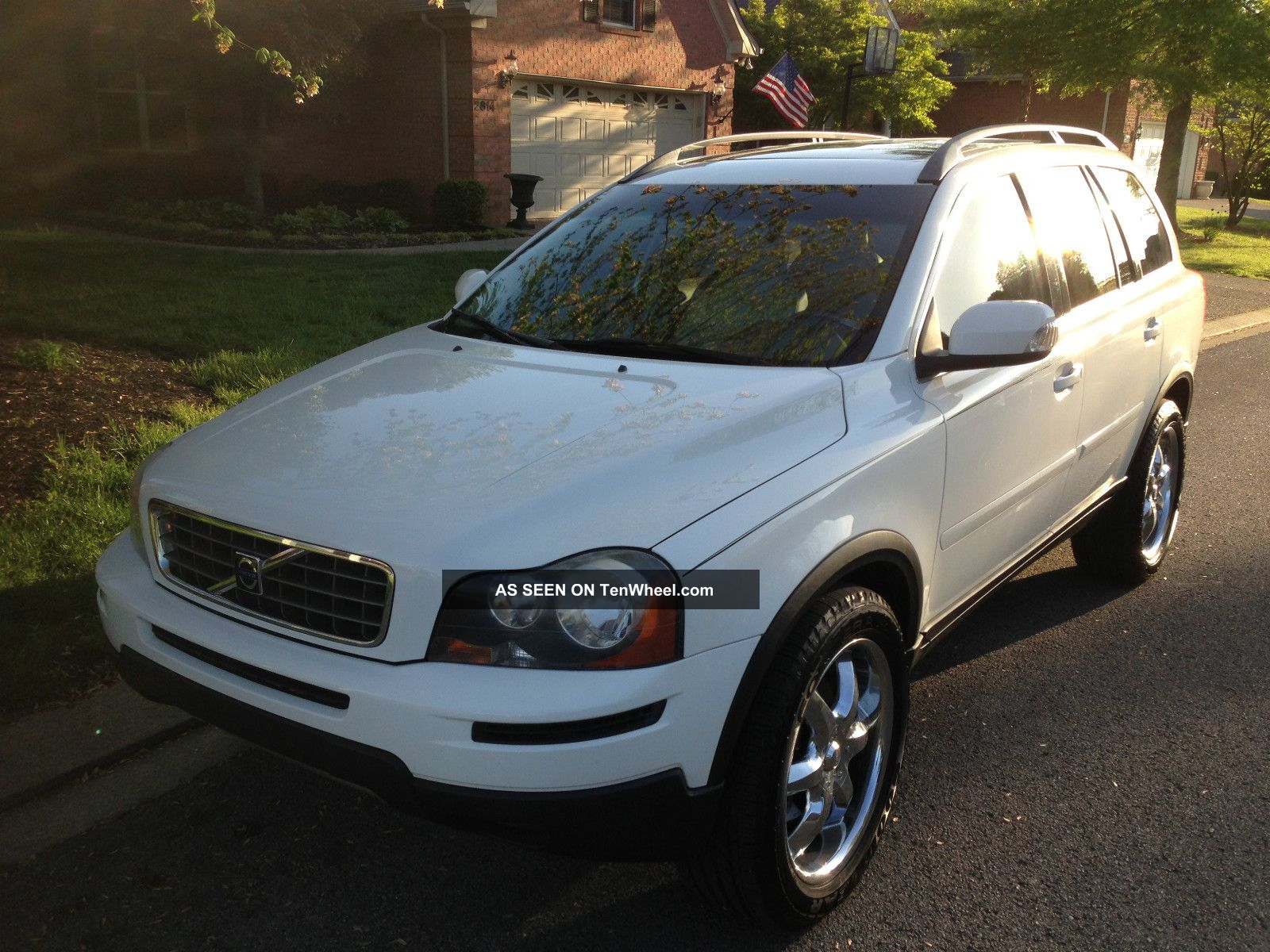 2007 Volvo Xc90 Sport Utility / Custom Wheels XC90 photo