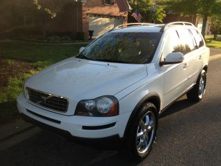 2007 Volvo Xc90 Sport Utility / Custom Wheels photo