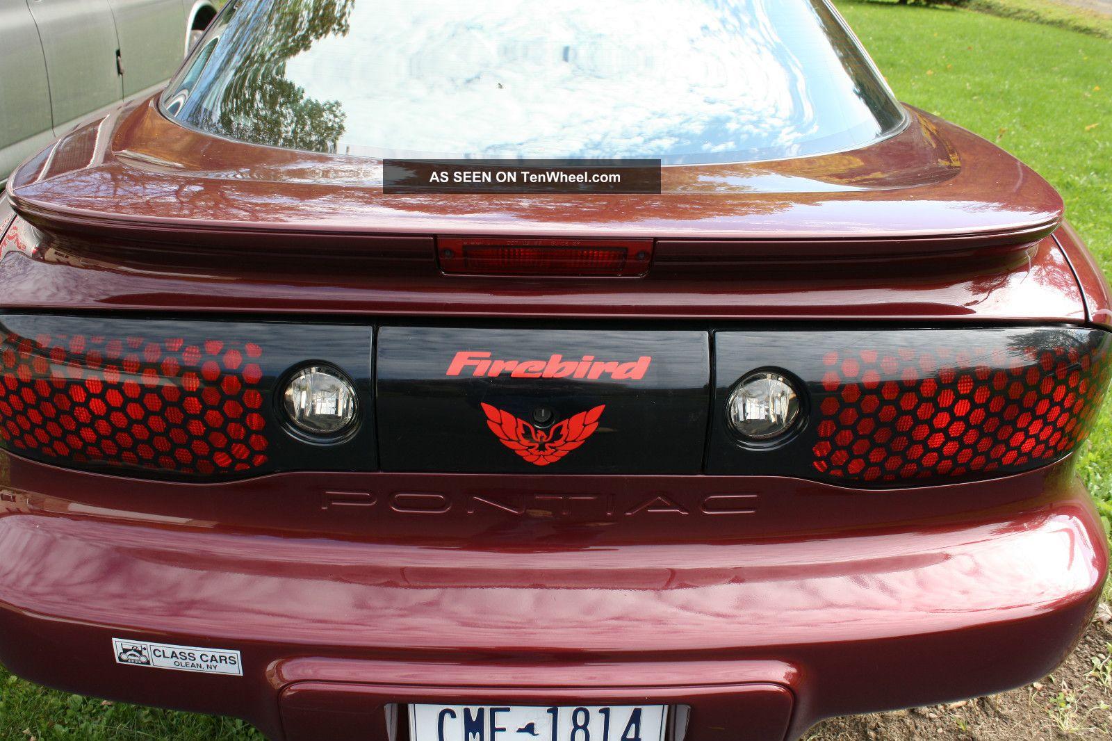 2000 pontiac firebird base coupe 2 door 3 8l. Black Bedroom Furniture Sets. Home Design Ideas