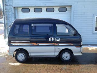 1994 Mitsubishi Bravo photo