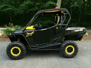 2011 Can Am Commander 1000 X photo