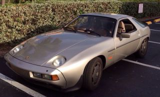 1983 928s Porsche Coupe Hatchback, photo