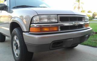 2003 Chevrolet Blazer Ls Sport Utility 2 - Door 4.  3l photo