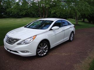 2012 Hyundai Sonata 2.  0t Sedan 4 - Door photo