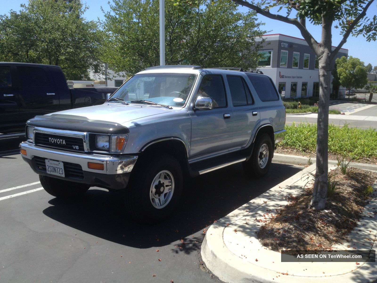 1990 Toyota 4 Runner 4x4 Looks, 4Runner photo