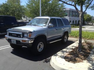 1990 Toyota 4 Runner 4x4 Looks, photo