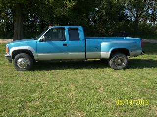 1993 Gmc Dually 1 Ton Sierra Extended Cab 4x4 photo
