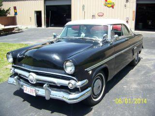 1954 Ford Victoria photo